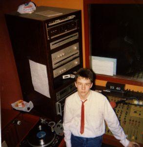 eric nc dans les studios de radio artois 2000